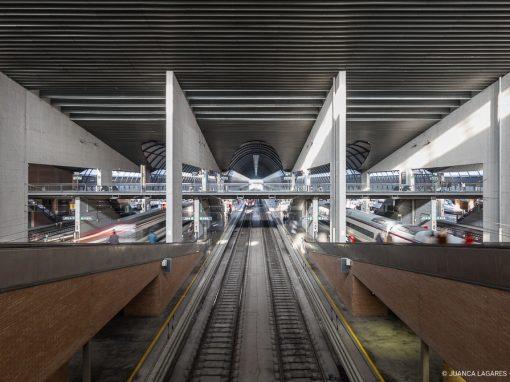 """Estación de trenes """"Sevilla-Santa Justa"""""""