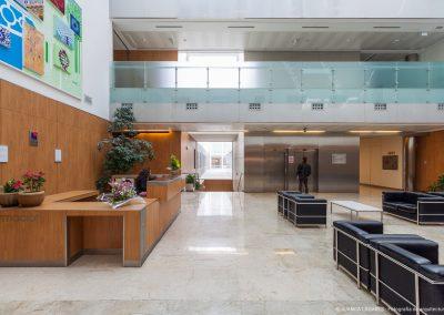 Hospital QuirónSalud Infanta Luisa en Triana, Sevilla, realizado por el arquitecto Miguel Blázquez