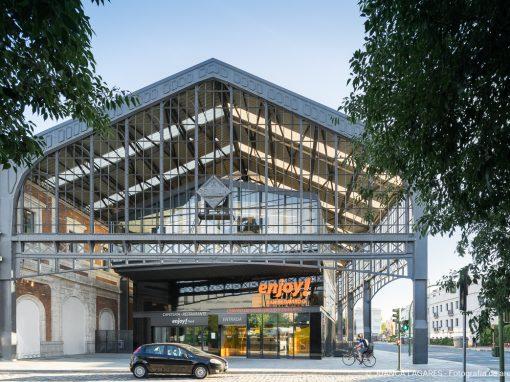 Rehabilitación de antigua estación de Cádiz a Centro Deportivo Enjoy y Mercado Puerta de la Carne