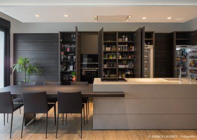 Cocina en una vivienda unifamiliar en Mairena del Aljarafe diseñada por Cocinel-la