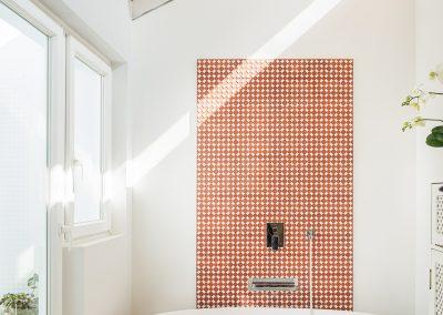 Vivienda unifamiliar realizada con contenedores reciclados por el arquitecto Alejandro Martín Torrente en Alcalá de Guadaira Sevilla