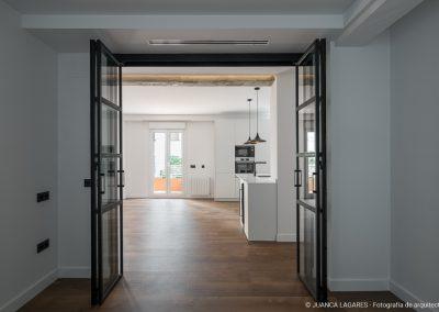 Reforma de una vivienda en el barrio de Nervion en Sevilla realizada por Egion y Kriteria