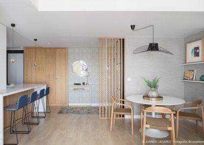 Diseño interior de un piso en la avenida Kansas City en Sevilla, realizado por Arancha Mato Interiorismo