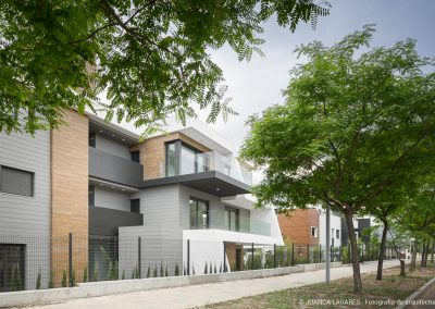 Residencial Las Camelias en Córdoba realizado por Complot Arquitectos y Chastang Arquitectos