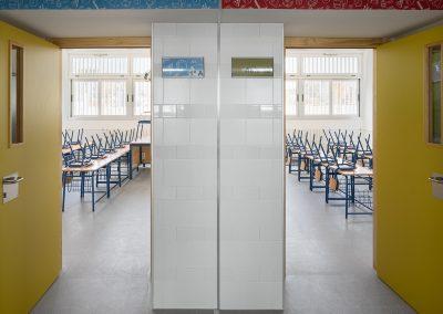 Colegio de educación infantil y primaria Antonio Rodriguez Almodovar en Alcala de Guadaira realizado por ARQ Asociados
